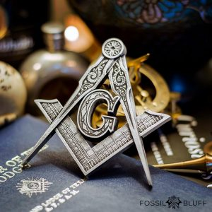 Master Mason Square and Compasses