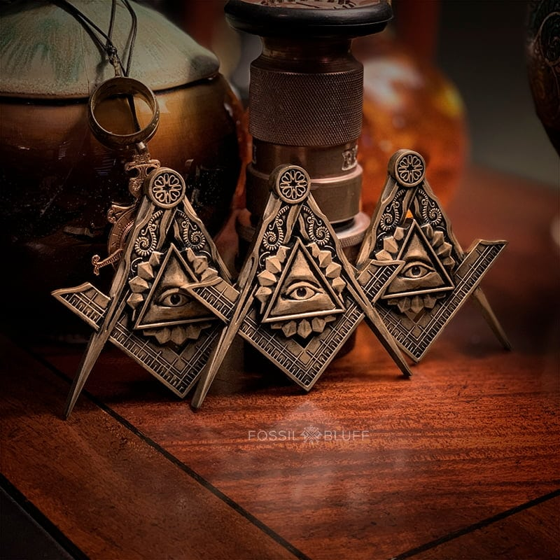 All Seeing Eye Providence Freemason Masonic Emblem Tri Lux Antique Gold EA FC MM