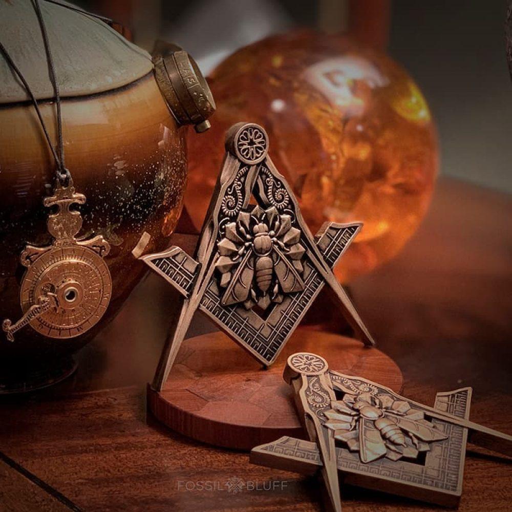 Industry Honey Bee Freemason Masonic Emblem Antique Gold Master Mason MM